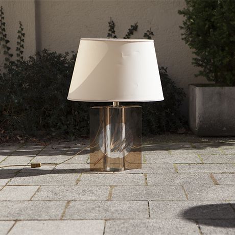 An_Elegant_Perspex_Wheat_Table_Lamp