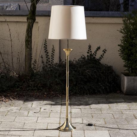 Ingo_Maurer_Bamboo_Floorlamp_Brass
