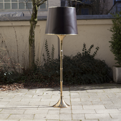 Ingo_Maurer_Bamboo_Floorlamp_Brass_Brown