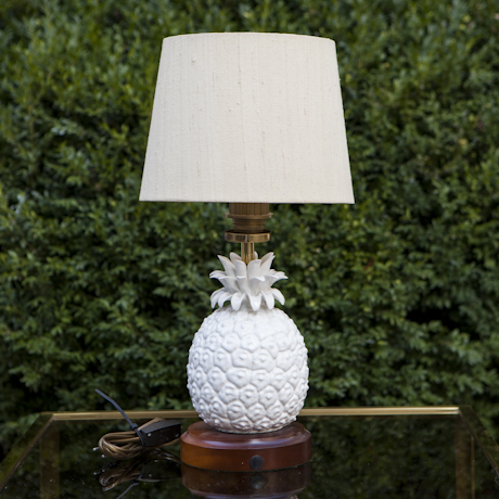 Pineapple_Table_Lamp_Ceramic_white_France_1960