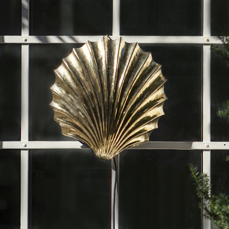 Golden_Scallop_Wall_Light