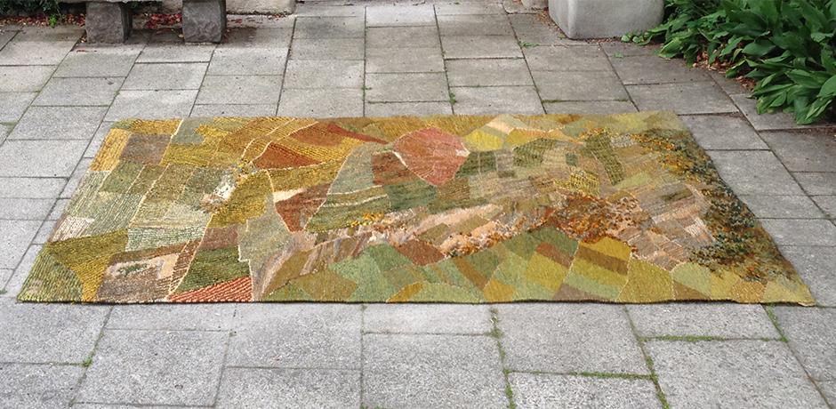 Scandinavian_Art_Carpet_Fall