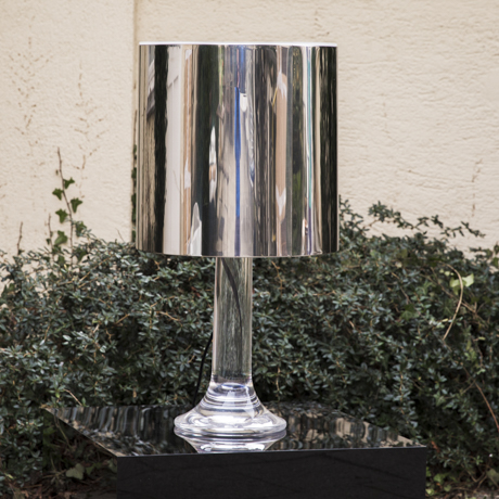 Harvey_Guzzini_Lucite_Table_Lamp_Leuchte