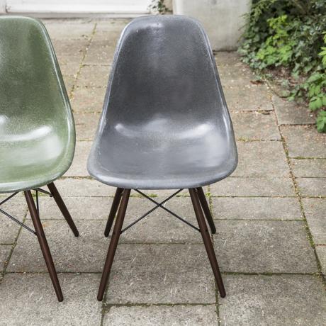 eames side chair dsw fiberglass set of 4 schlicht. Black Bedroom Furniture Sets. Home Design Ideas