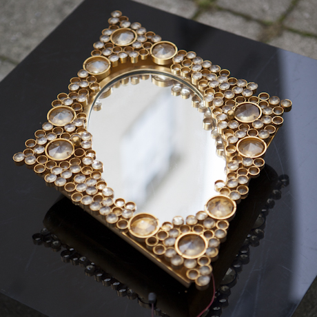 Lobmeyr_Backlit_Mirror_Gold_Plate