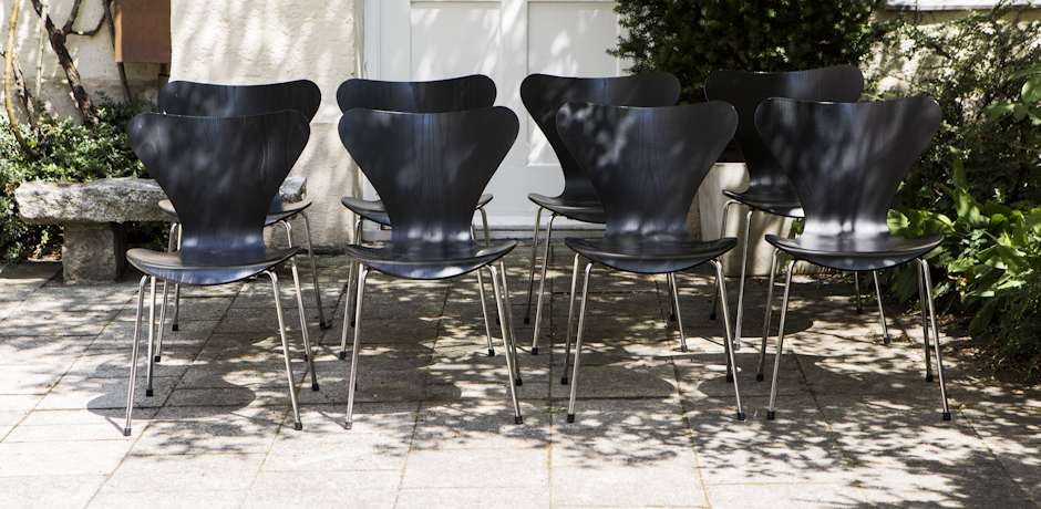 Arne_Jacobsen_3107_Chair_Set_of_8