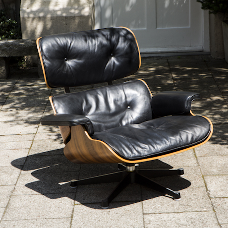 Lounge_Chair_Charles_Eames