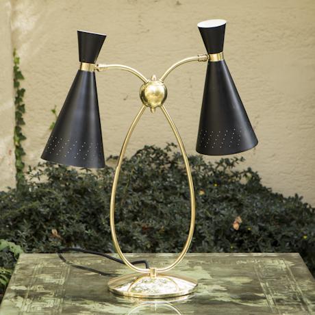 French_desk_lamp_black_gold_460px