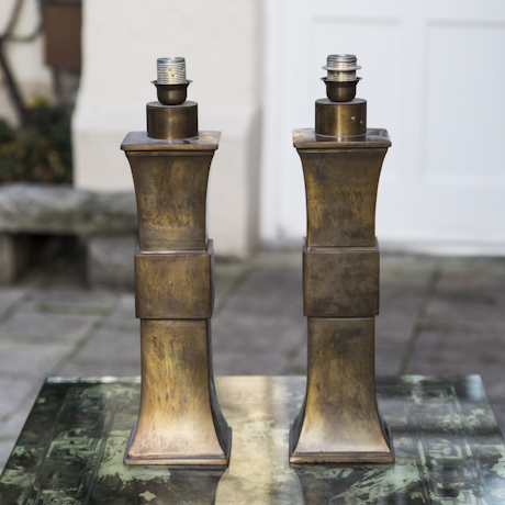 Pair_of_Hollywood_Regency_Bronze_Table_Lamp-4_460px