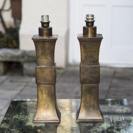 Pair_of_Hollywood_Regency_Bronze_Table_Lamp-4_460px