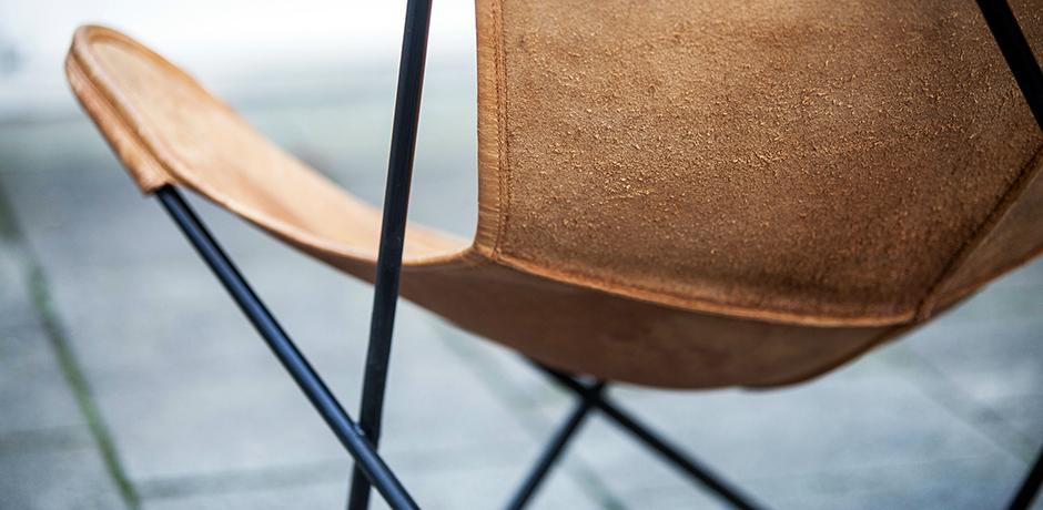 Butterfly_Chair_Knoll_International.  Butterfly_Chair_by_Knoll_International_D_460.  Butterfly_Chair_by_Knoll_International_2_460