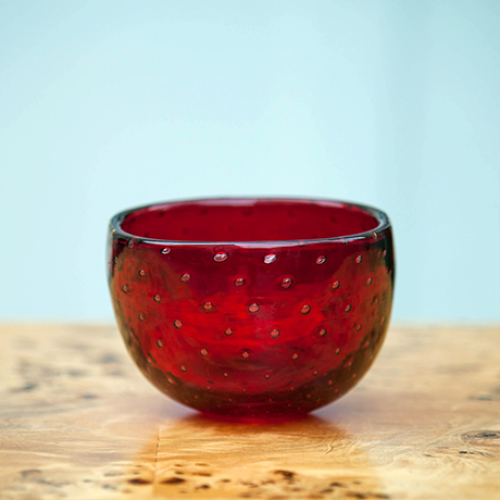 Schlichtes DesignVenini_Glass_Bowl_Red_Signed