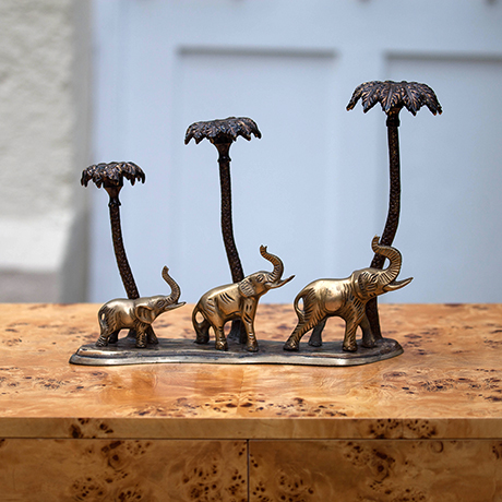 Schlichtes DesignGorgeous_Elephant_Palm_Candle_Holder
