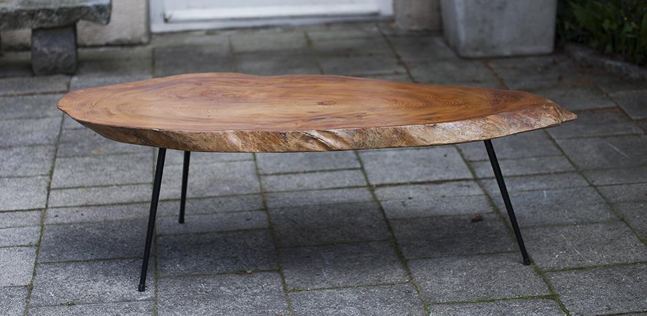 Tree Trunk Coffee Table Nakashima Style Schlicht Designmobel