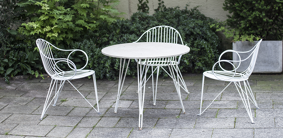 mauser_gardenset_garten_planter_white_weiss_pflanzer_german_design_iron_furniture_eisen