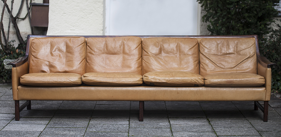 minerva_sofa_Bruksbo_rosewood_leather_Leder_scandinavian_Norway_interior_design_seating