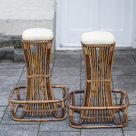 2_bamboo_bar_stools_3