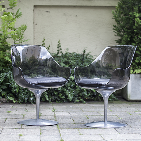 2_laverne_chairs_grey_4