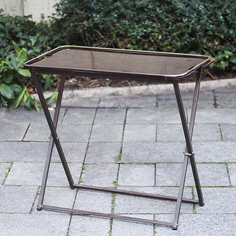 brown_folding_table_Tisch