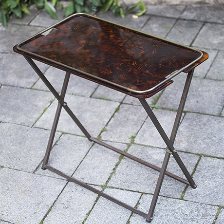 Tisch_braun_folding_table
