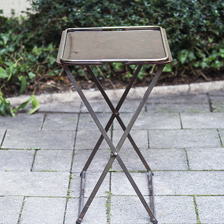 french_folding_table_lucite_Tisch