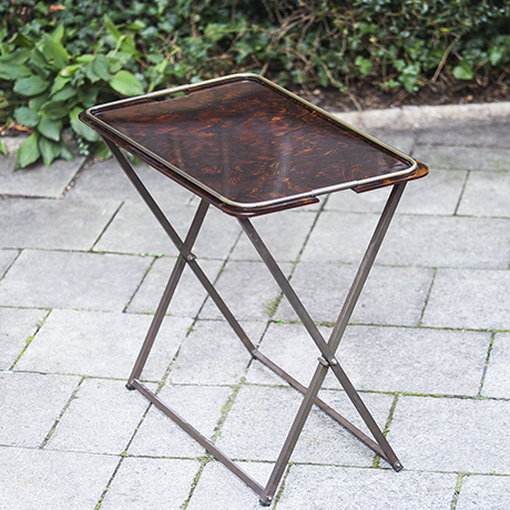 french_folding_table