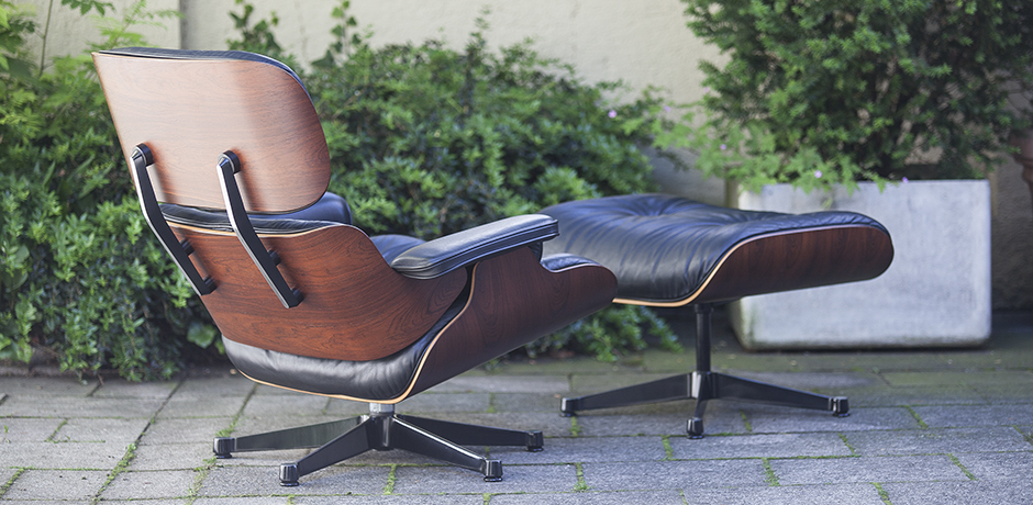 charles eames lounge chair 670 and ottoman 671 vitra 1991. Black Bedroom Furniture Sets. Home Design Ideas