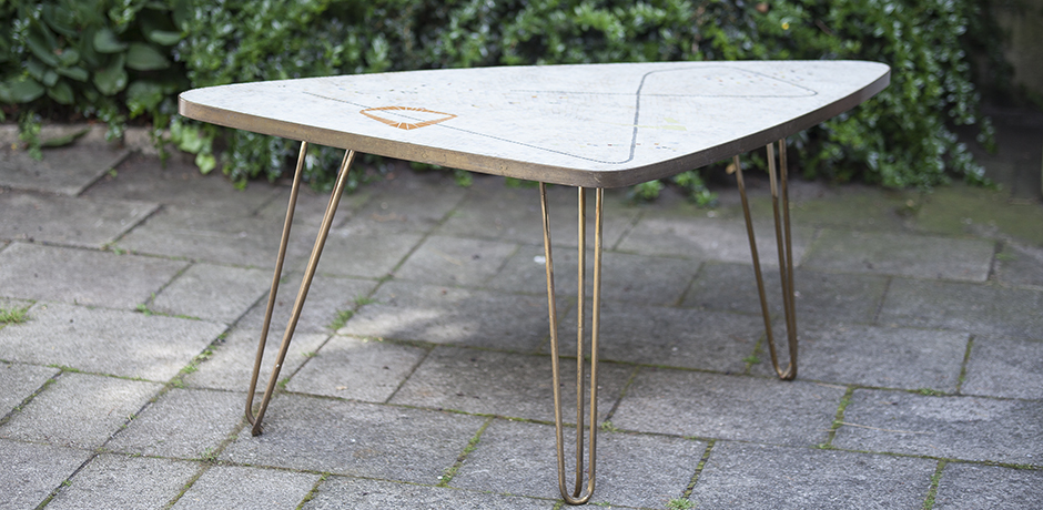 mosaic_tisch_triangle_table
