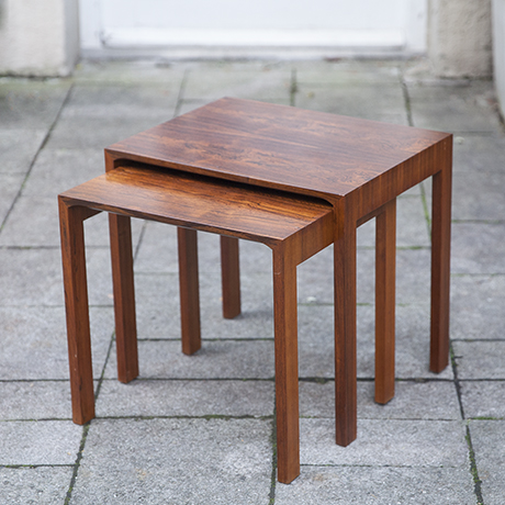 rosewood_nesting_tables_Renz