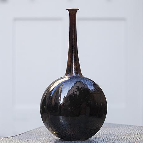weigel_brown_vase_pottery