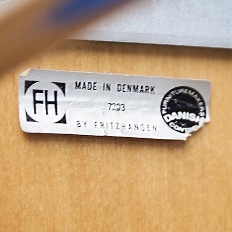 hein_bar_stools_marked_design