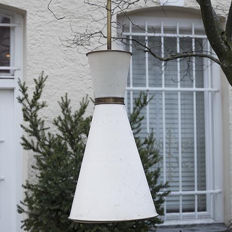 Cone_ceilling_lamp_1