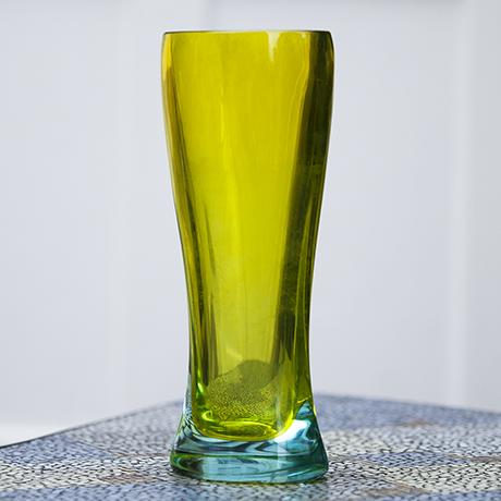 vase_yellow_light_blue