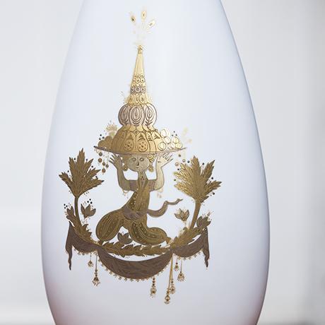 table_lamp_white_golden