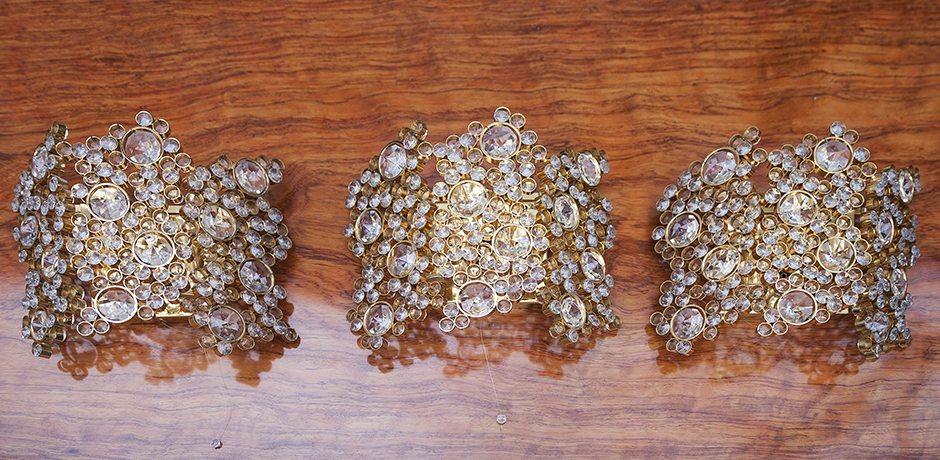 Palwa_golden_wall_sconces_2