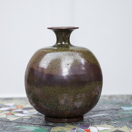 Kerstan_ceramic_vase_green