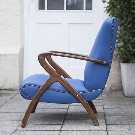 sculptural_armchair_blue