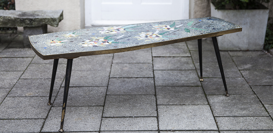 flower_mosaic_coffee_table