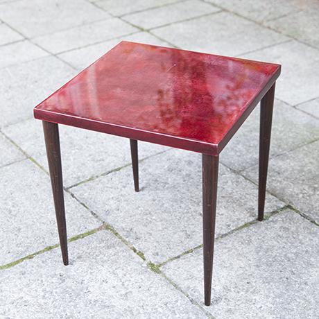 Aldo_Tura_Beistelltisch_Tisch_rot