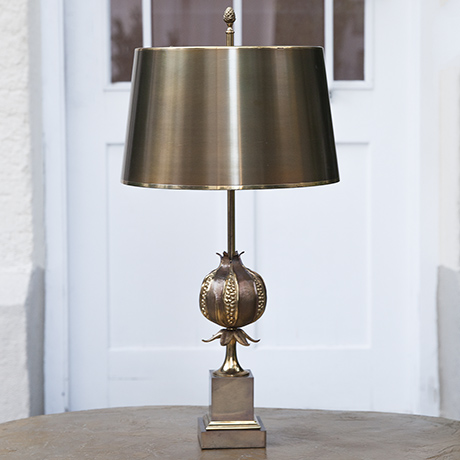 Schlichtes DesignMaison_Charles_pomegranate_table_lamp