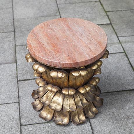 Maison_Bagues_table_marble_top