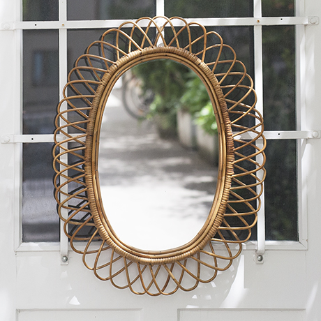 Riviera_oval_bamboo_mirror