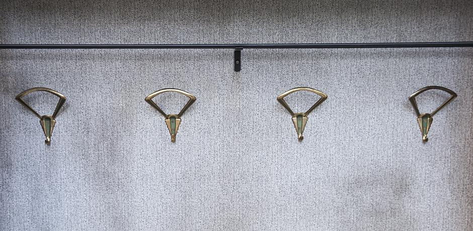 wardrobe_cabinet_beach_garderobe
