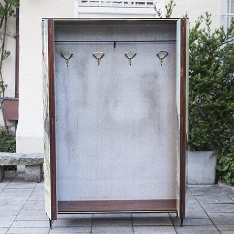 wardrobe_cabinet_beach_interior_design