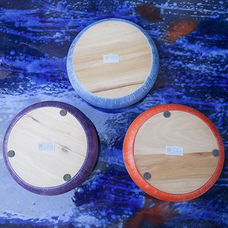 Tura_bowls_marked_blue_purple