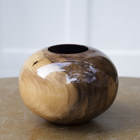 Moulthrop_wooden_bowl_brown