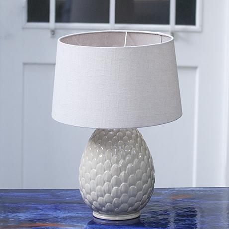 porcelain_artichaud_lamp_white