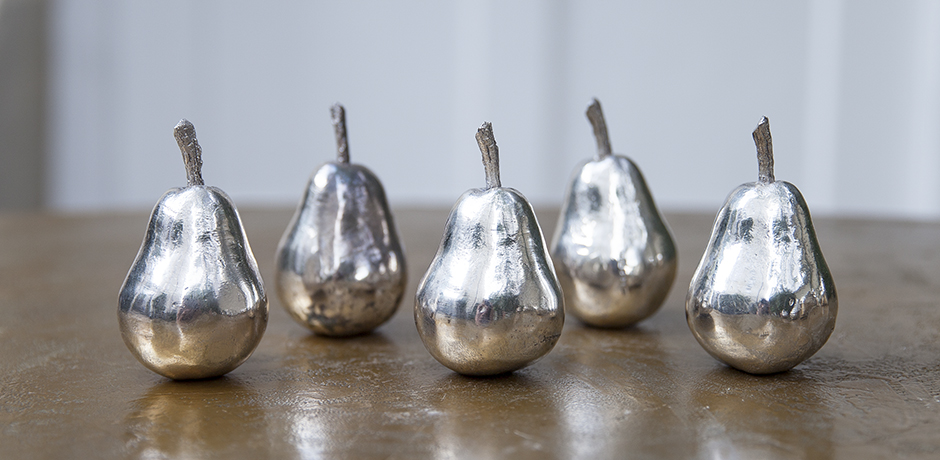 silver_fruits_pears_art
