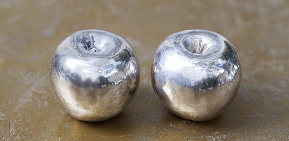 silver_fruits_apples_design