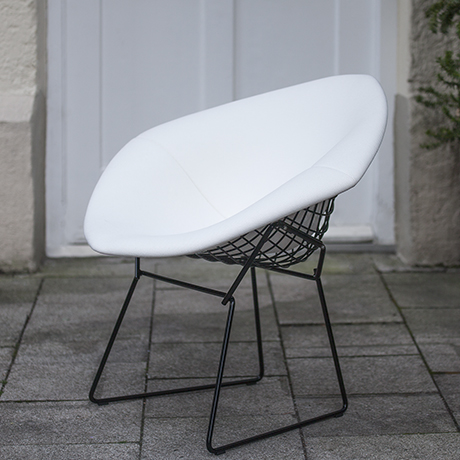 Bertoia_diamond_chair_Knoll